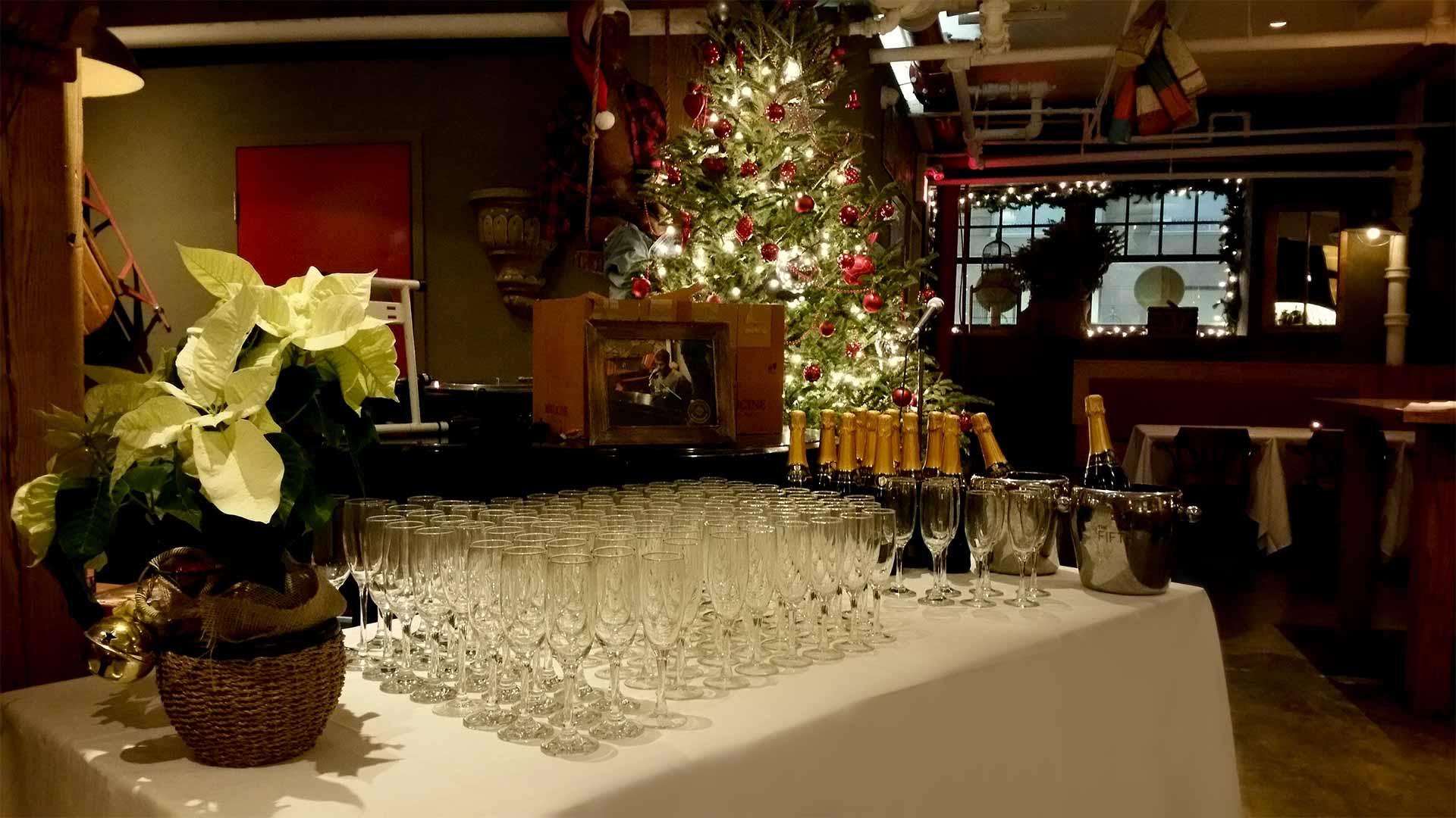 Toronto Wedding Venue - The Fifth Pubhouse - Reception Area