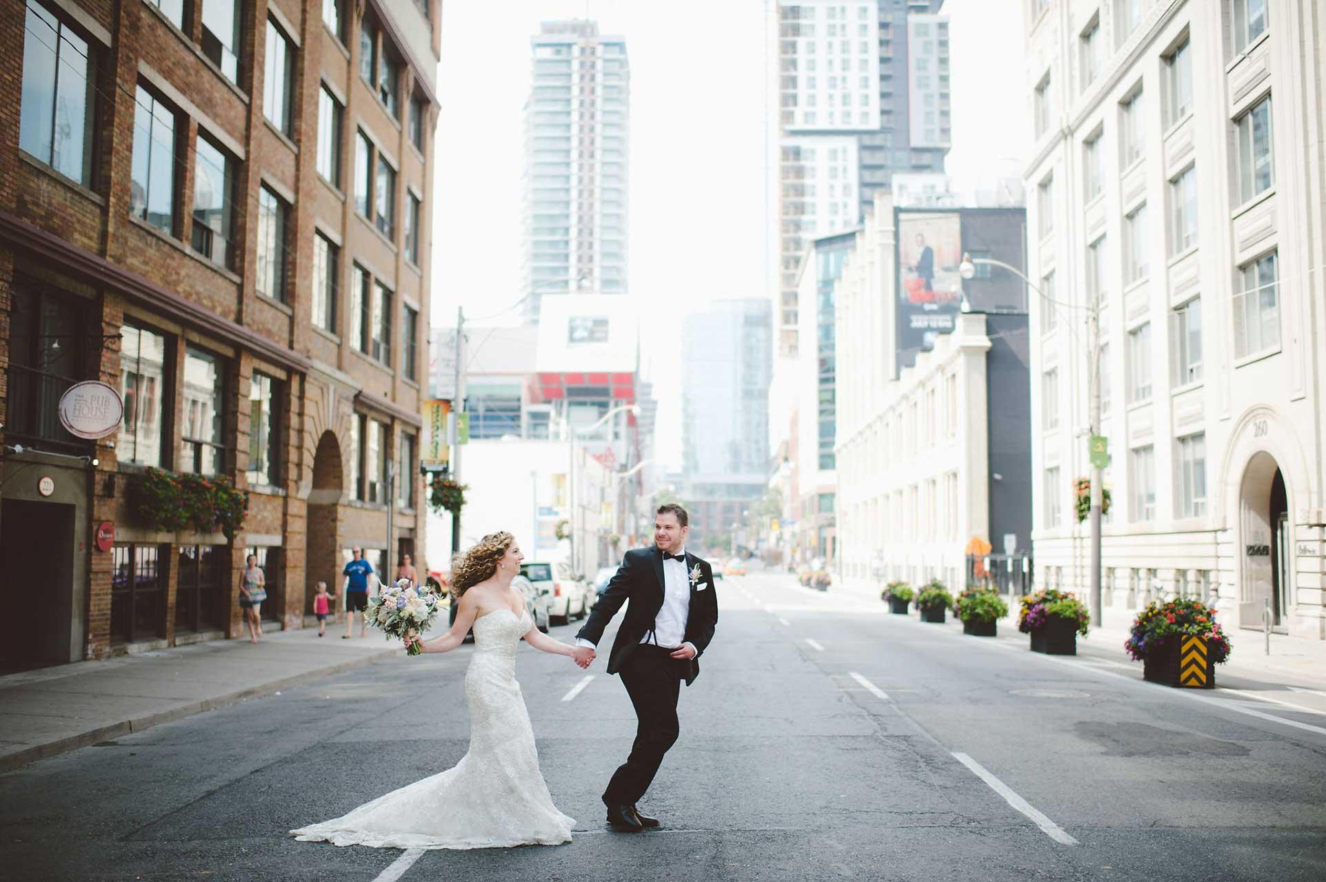 Wedding Venues Toronto - Wedding Photography - Toronto Entertainment District